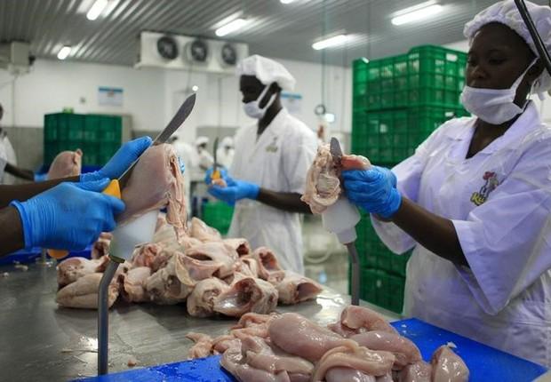 brasil-presiona-a-europa-por-las-barreras-a-las-exportaciones-de-pollos